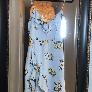 Socialite Ruffled Floral Dress Size S